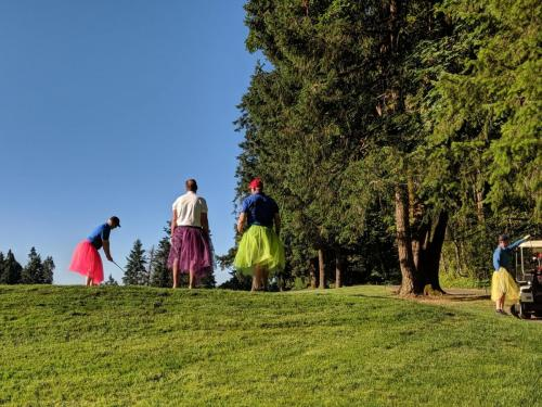 Golf 2019 Dudes in Dresses 2